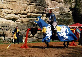 n3.jpg - Knight tournament on horseback